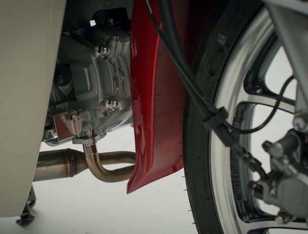 Honda C125 Super Cub engine